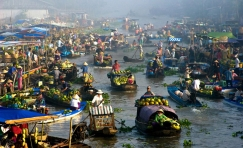Vietnam People and Traditions 15 Days